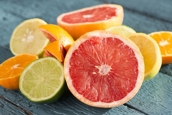 eat fruit with or without skin